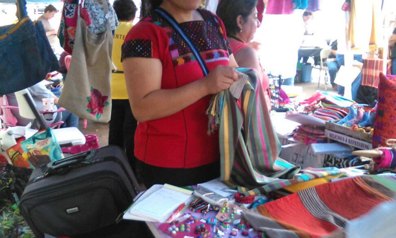 Conectando Hilos de la Justicia (Fuerza Unida), 2018 NALAC Fund for the Arts Grantee